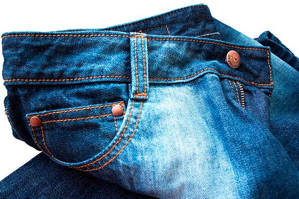 Как отстирать пятна на джинсах. Очень полезные советы