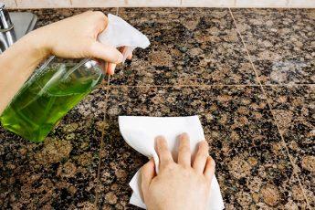 9 альтернативных лайфхаков для уборки и быта с помощью подручных средств