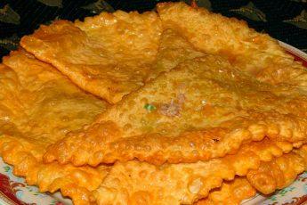 Рецепт самых настоящих, тонких и сочных крымских чебуреков