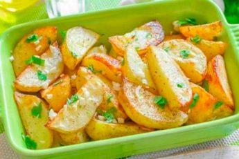 Готовим невероятно вкусный картофель в духовке по-гречески