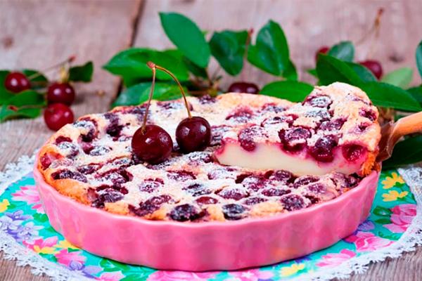 Шикарный пирог с вишней к чаю! Готовлю и зимой, и летом!