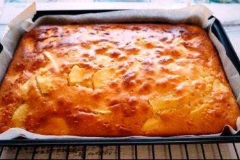 Простой рецепт яблочного пирога за 20 минут!