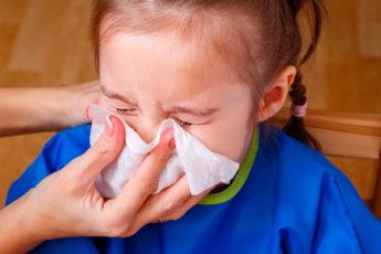 Чудо-способ, как быстро вылечить насморк у ребенка. Методика Комаровского