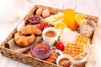 Вредные завтраки: лишние калории, «пустые» углеводы