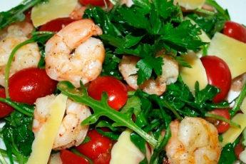 Салат с креветками: красивый и вкусный салат к празднику