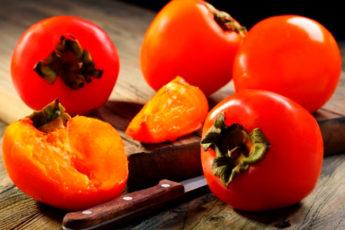 Чем полезна хурма. Свойства, калорийность и противопоказания